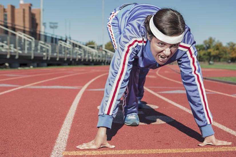 athlete-body-cinder-track